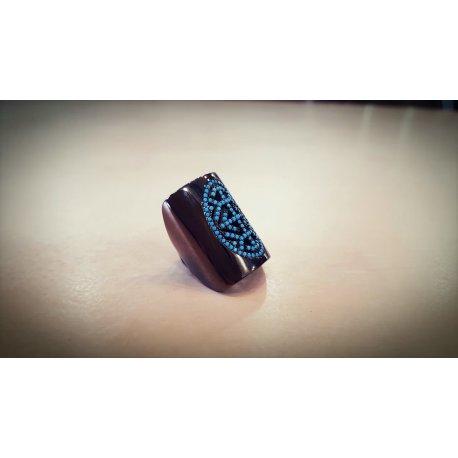 Δαχτυλίδι με τυρκουάζ πέτρες