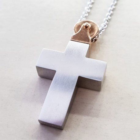 CROSS WHITE GOLD WITH PINK GOLD ON THE TOP WITH CHAIN
